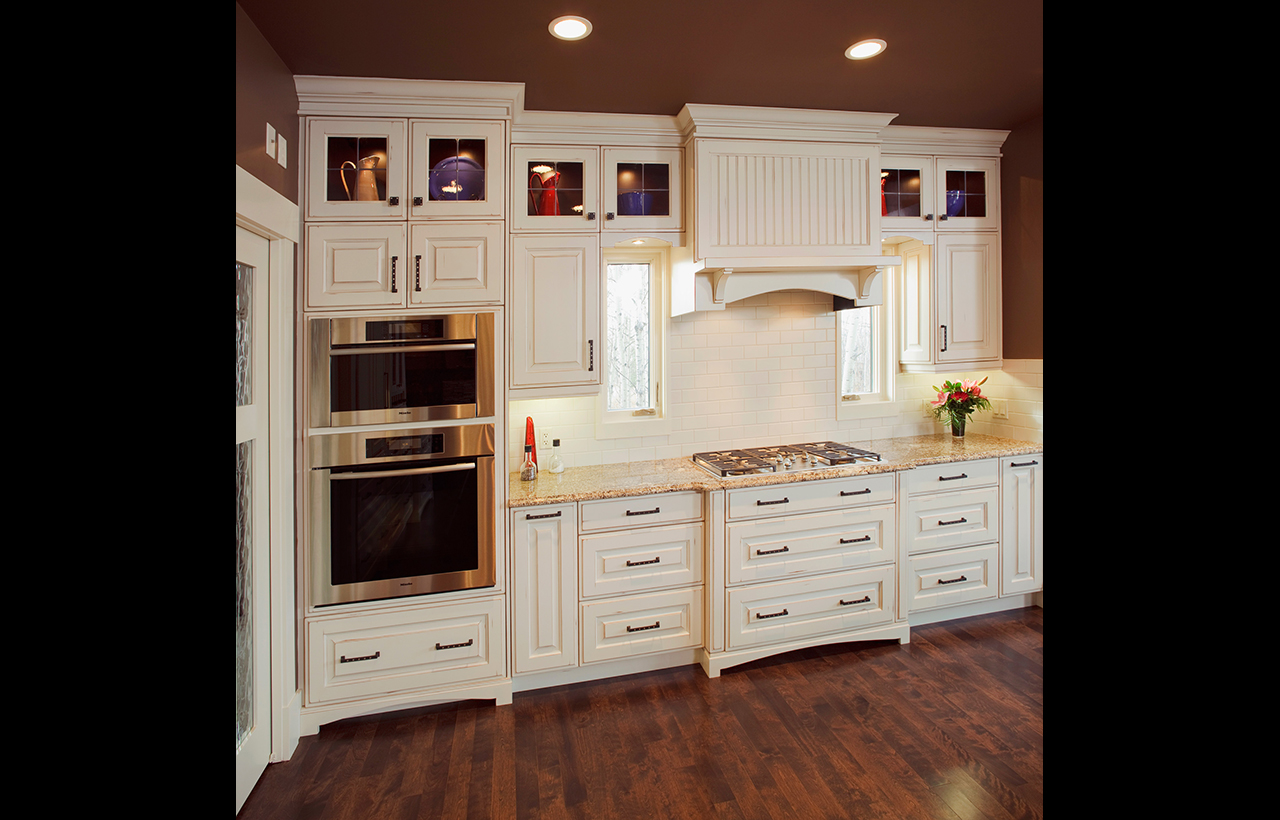 Traditional-Kitchens-08