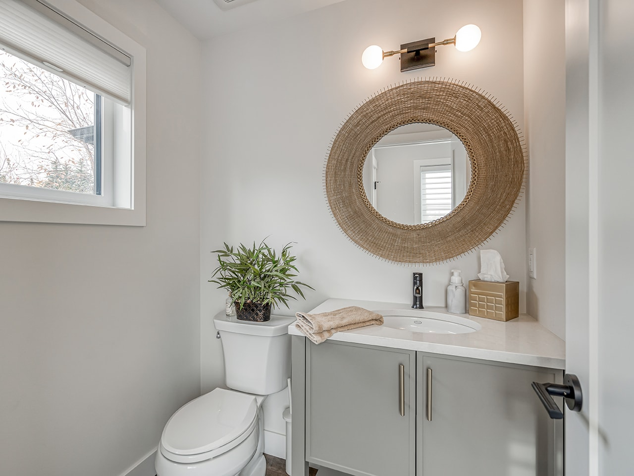 Family-Friendly Transitional Guest Bathroom Renovation